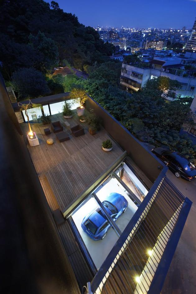 tall-and-skinny-ant-farm-house-12.jpg