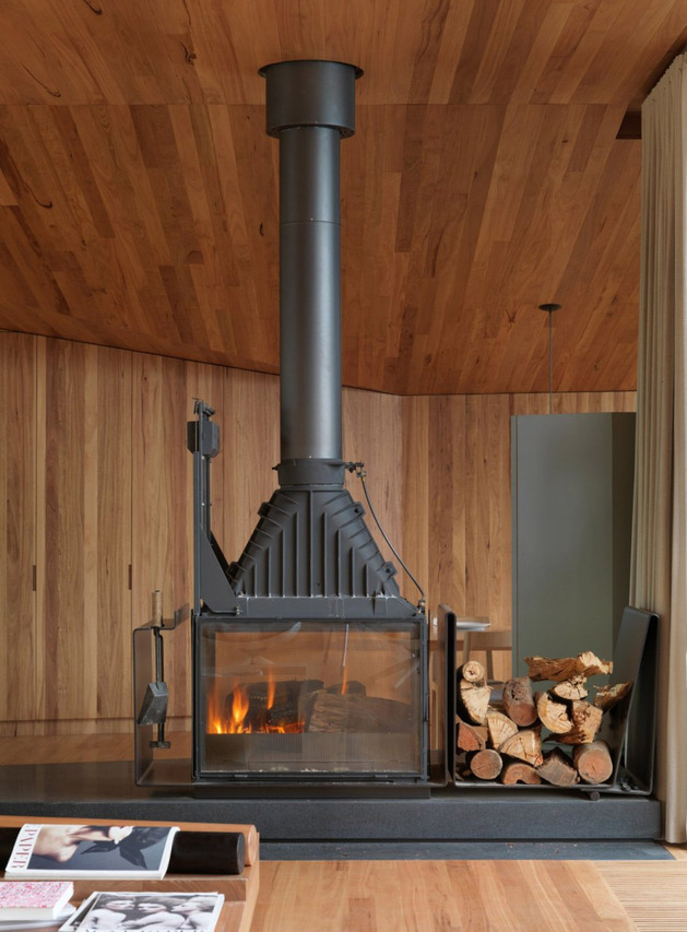 geometric-beach-house-with-zinc-exterior-wood-interior-8.jpg