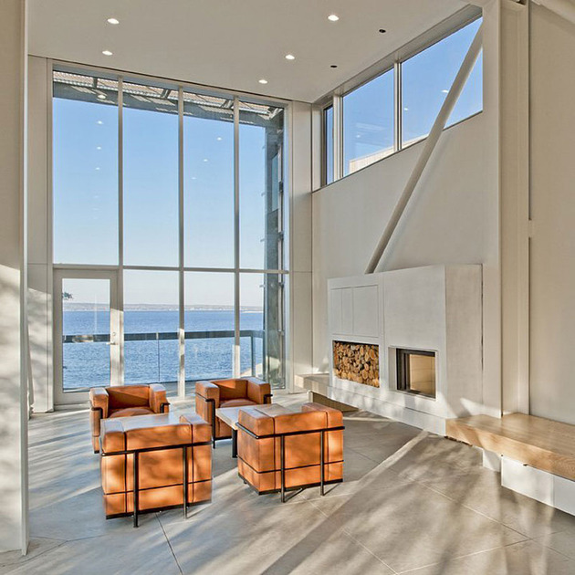 boat-inspired-wood-house-hanging-over-the-ocean-8.jpg
