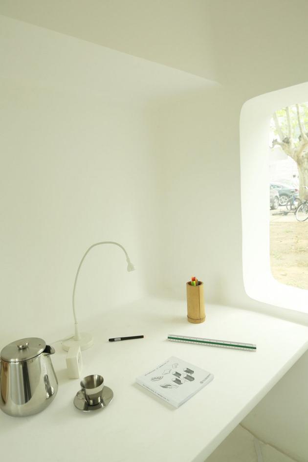 compact-modular-block-house-in-beijing-urban-park-11.jpg