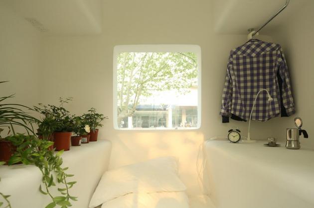 compact-modular-block-house-in-beijing-urban-park-12.jpg