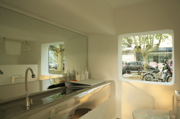 compact-modular-block-house-in-beijing-urban-park-14.jpg