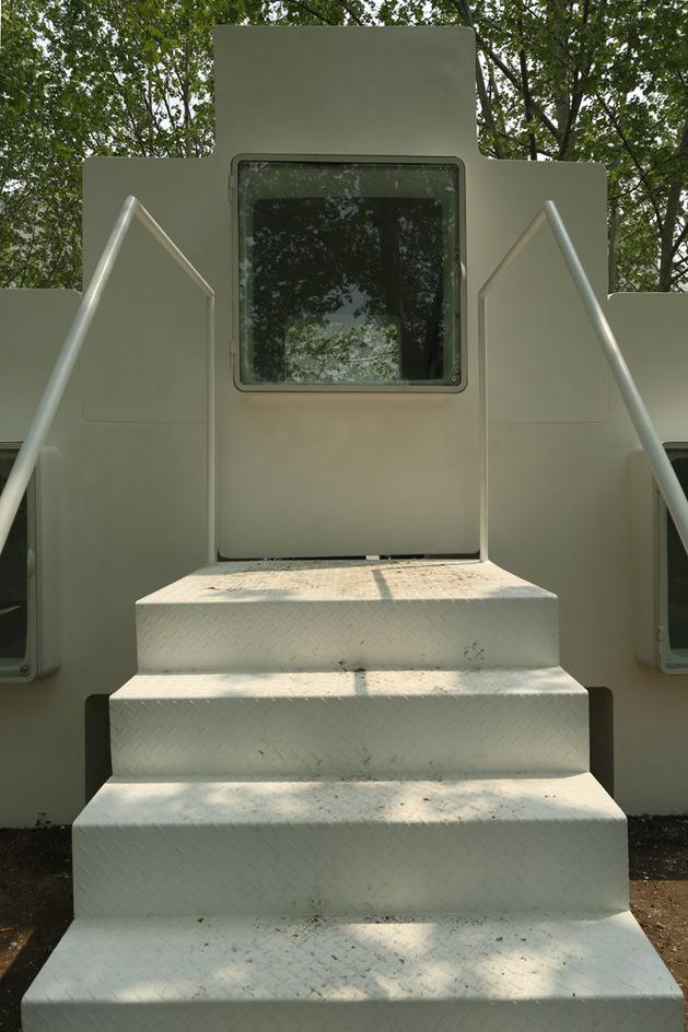compact-modular-block-house-in-beijing-urban-park-6.jpg