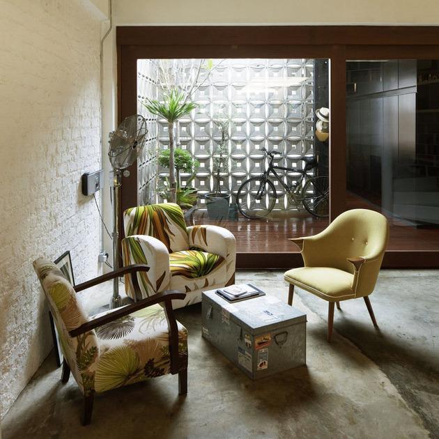 contemporary-loft-design-idea-showcases-original-industrial-elements-3.jpg