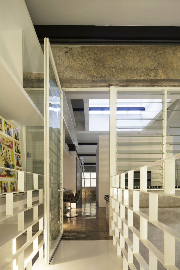 contemporary-loft-design-idea-showcases-original-industrial-elements-8.jpg