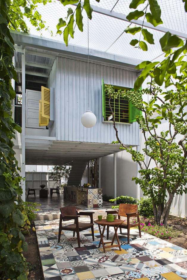 industrial-steel-stilt-house-with-open-main-level-4.jpg