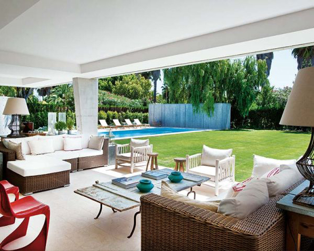 View in gallery spanish summer home with contemporary indoor outdoor design  1 thumb 630x504 12656 Spanish summer home with