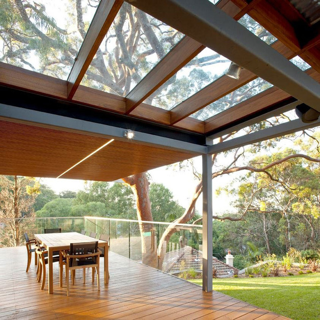 aussie-escarpment-house-with-angled-roof-and-wavy-ceiling-11.jpg