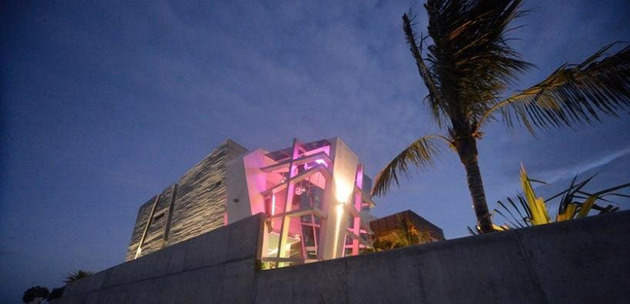 modernist-mexican-house-with-abstract-shape-and-exciting-lighting-16.jpg