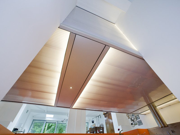 netherlands-house-with-dugout-level-and-floating-lightbox-inside-9.jpg