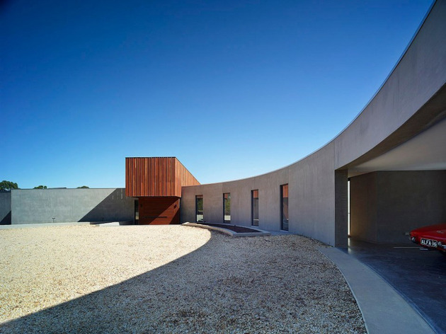 sustainable house with three wings that engage the landscape 1 thumb 630x472 13448 Sustainable house with three wings that engage the landscape