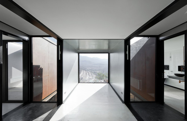 twelve-shipping-containers-combined-into-a-modern-mountain-house-20.jpg
