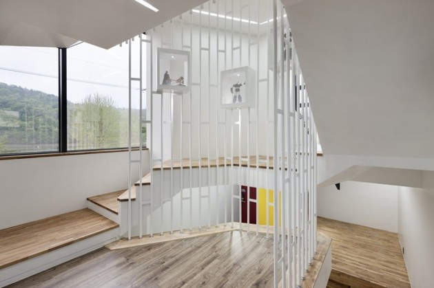 modern-geometric-house-with-surprising-spiral-stair-interiors-9.jpg