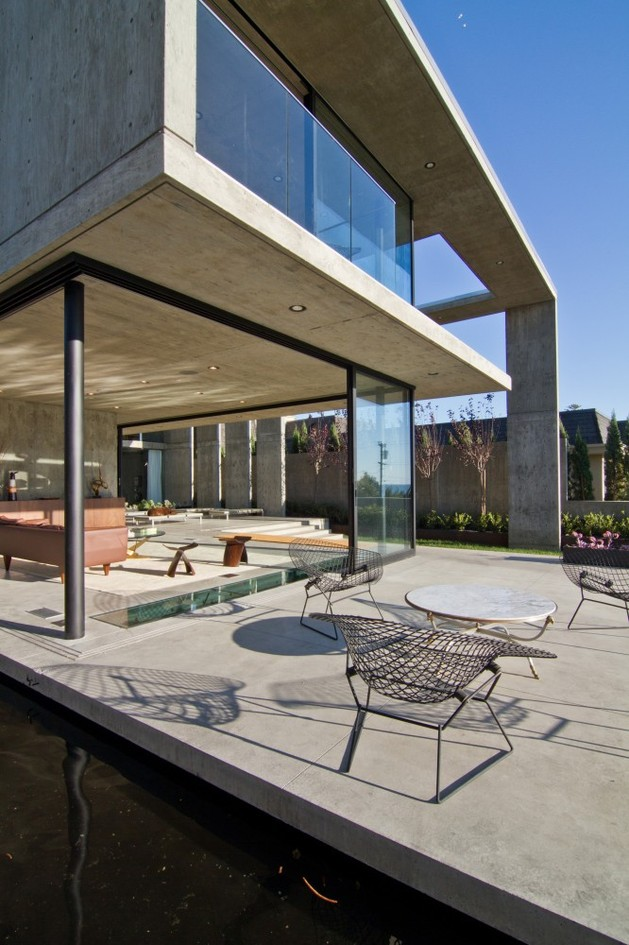 concrete-residential-architecture-designed-spacious-14-terrace.jpg