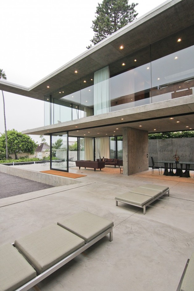 concrete-residential-architecture-designed-spacious-15-lounge.jpg
