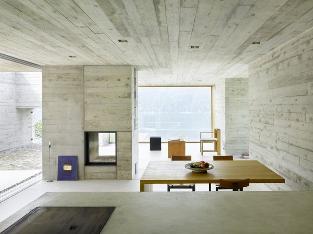 minamalist-concretehome-showcases-stunning-views-and-contemporaryliving-7-dining.jpg