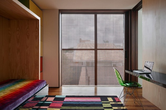 minimally-built-home-striking-public-private-spaces-20-colorful-kids-room.jpg