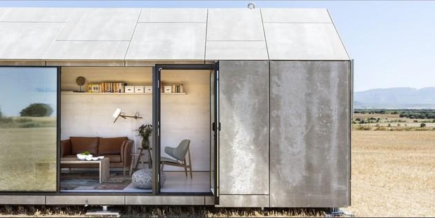 modern-prefab-two-spanish-firm-entrance.jpg