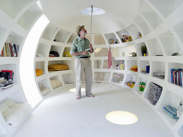 significantly-small-living-fully-functional-portable-orb-4-interior-man.jpg