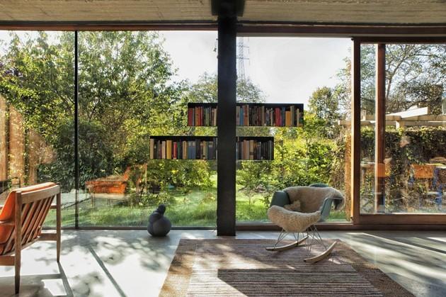 smart-material-choices-blend-surroundings-10-bookshelves.jpg