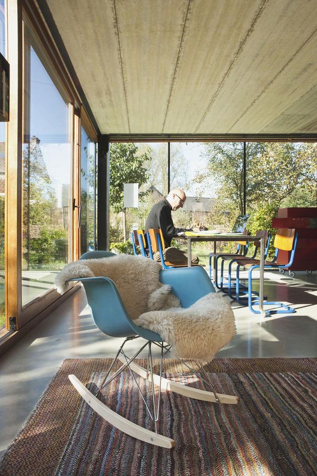 smart-material-choices-blend-surroundings-12-wool-chair.jpg