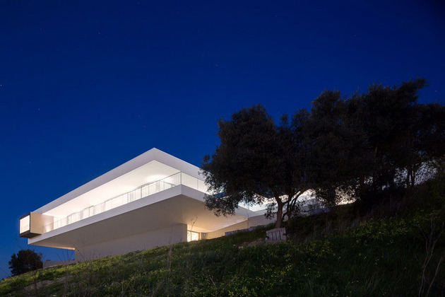 access-above-overhanging-portuguese-villa-2-3-under-night.jpg