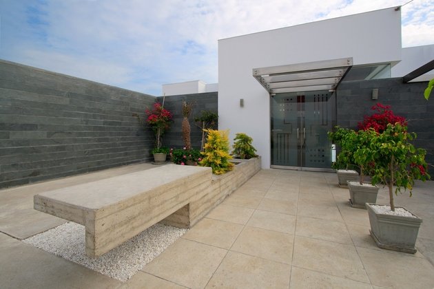 alvarez-beach-house-peru-visual-masterpiece-3-entry.jpg