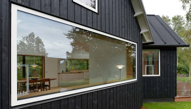 contemporary yet traditional danish summer cabin 2 thumb 630x359 19171 Contemporary yet Traditional Danish Summer Cabin