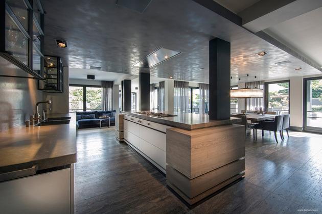 custom-details-create-visual-feast-minimalist-home-11-kitchen.jpg