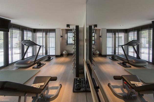 custom-details-create-visual-feast-minimalist-home-14-gym.jpg