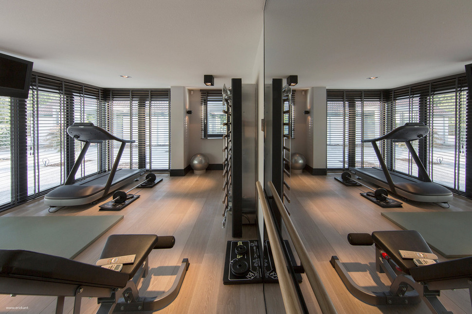 Custom details create a visual feast in minimalist home for Home gym room