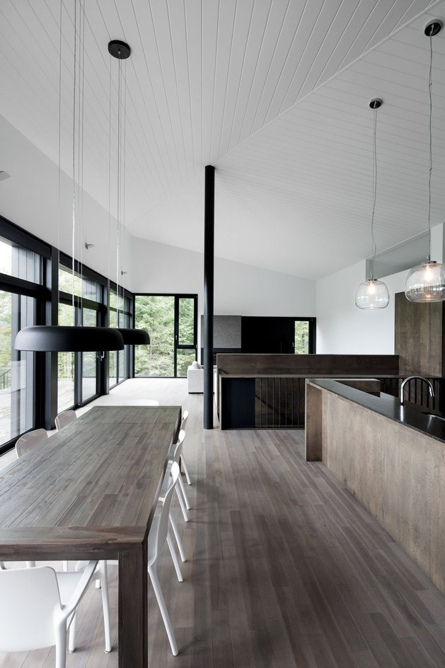diagonal-roofline-defines-extensive-canadian-hill-lot-home-10-kitchen-straight.jpg
