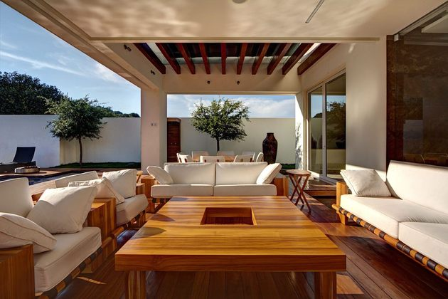 diverse-luxury-touches-within-complex-open-house-design-6-outdoor-sitting-area.jpg