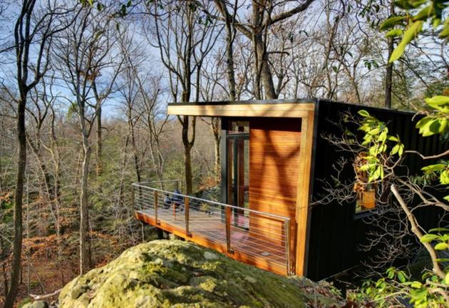 east new york studio retreat nestles rocky outcrop 1 facade thumb 630x432 22760 East New York Studio Retreat Nestles Into Rocky Outcrop
