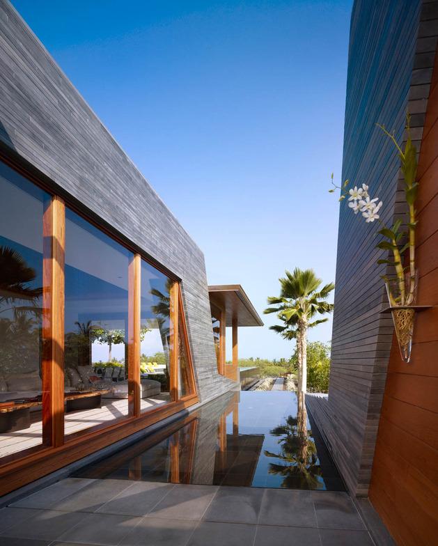 eco-friendly-kona-home-hawaiian-craftsmanship-modern-details-15-windows.jpg