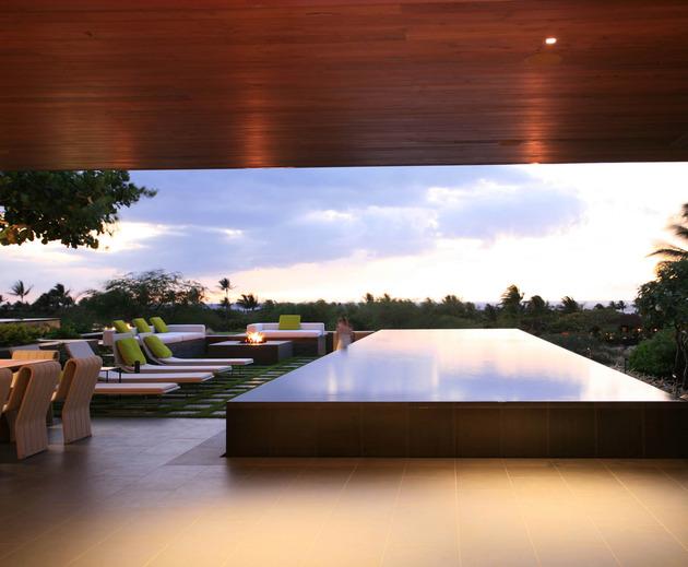 eco-friendly-kona-home-hawaiian-craftsmanship-modern-details-6-pool.jpg