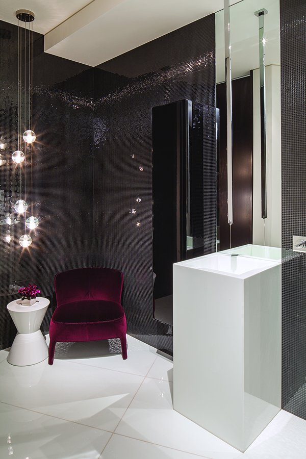 extravagant-contemporary-beverly-hills-mansion-with-creatively-luxurious-details-16-small-bathroom.jpg