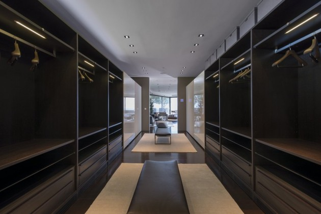 extravagant-contemporary-beverly-hills-mansion-with-creatively-luxurious-details-21-closet.jpg