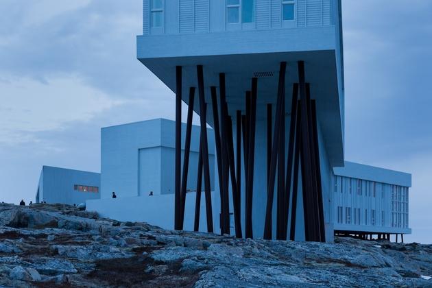 fogo-island-inn-offers-design-inspiration-modern-lifestyles- 11-outdoors.jpg