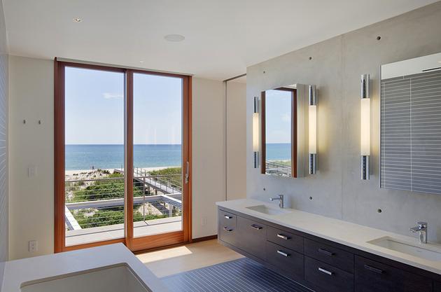 hamptons-beach-house-with-elegant-metal-screen-13.jpg