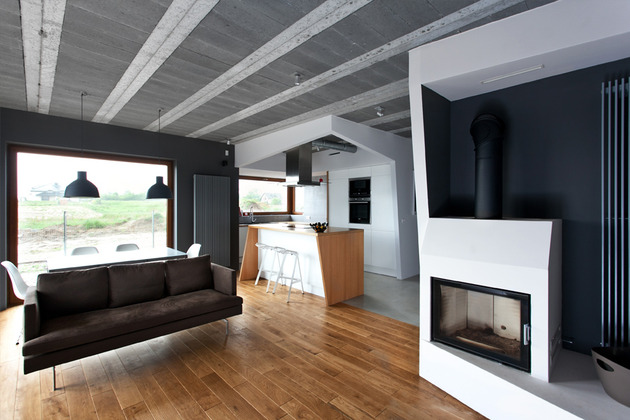 less more mantra scandinavian style beam block house 2 living thumb 630x420 20752 Raw Concrete and Drywall House in Poland