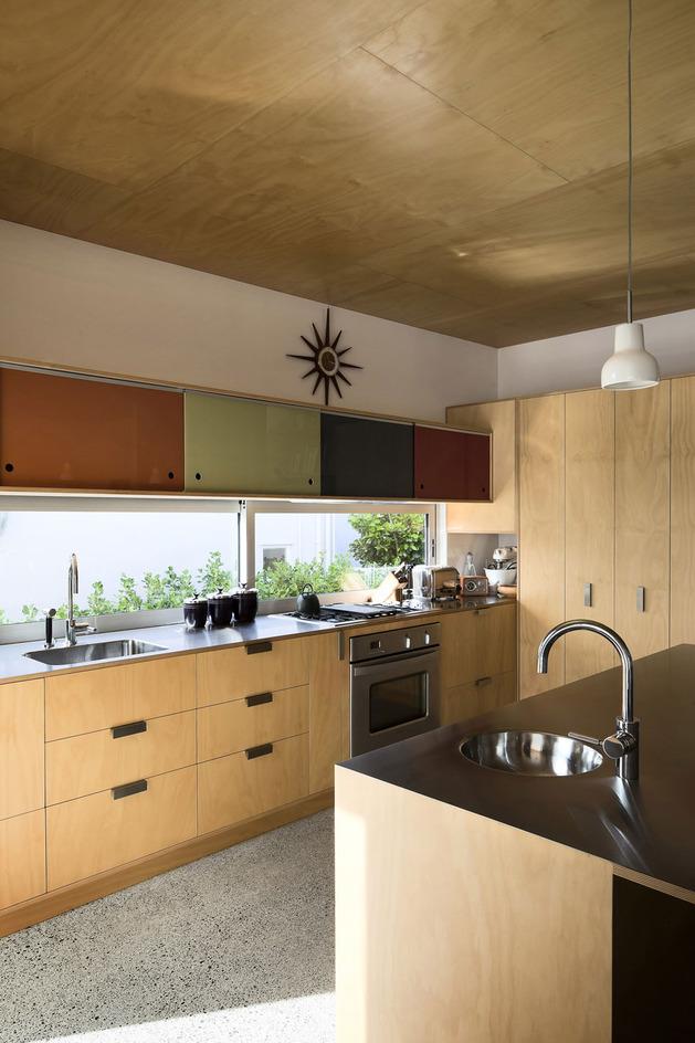 modern-architecture-versus-vintage-interior-6.jpg
