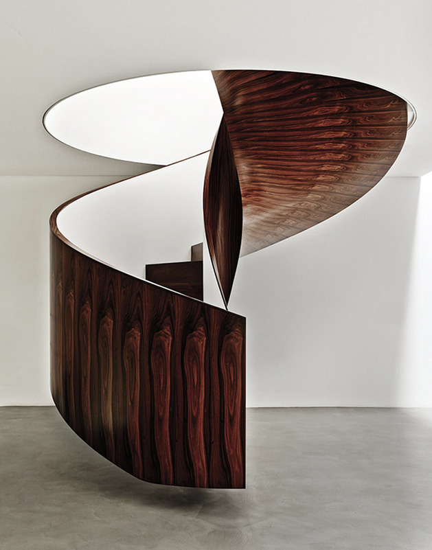 modern-art-gallery-house-with-spiral-staircase-feature-10.jpg