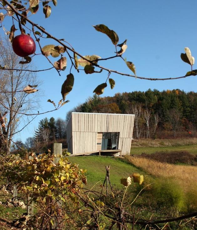 modern-midwest-barn-house-13.jpg