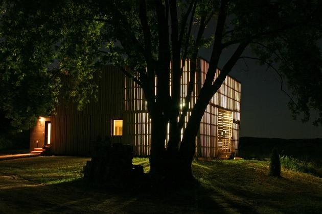 modern-midwest-barn-house-17.jpg