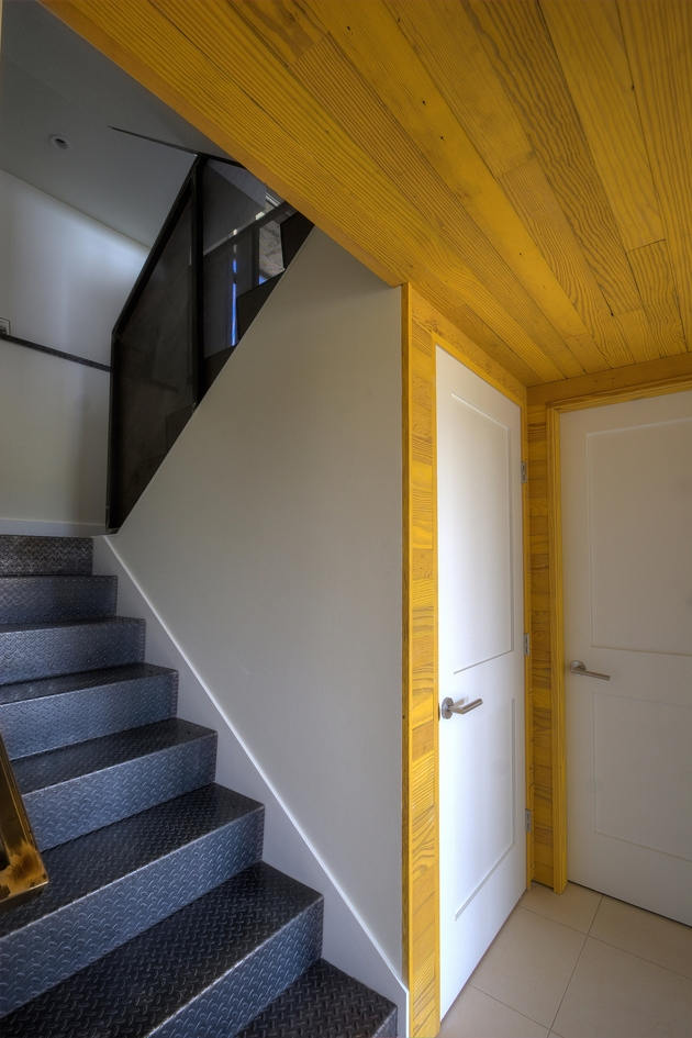 modern-midwest-barn-house-7.jpg