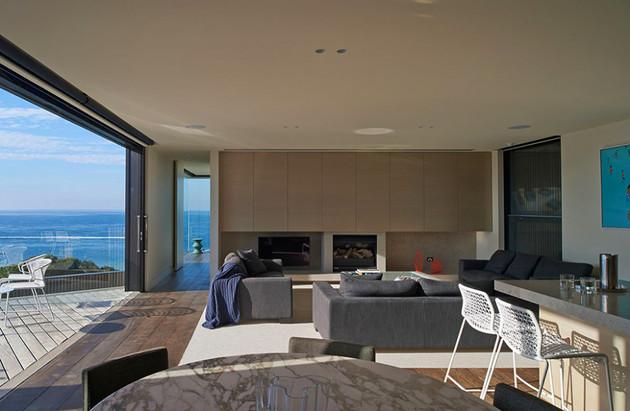 modern-wood-and-glass-australian-beach-house-3.jpg