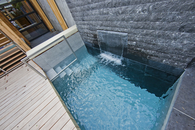 netherlands wellness centre luxurious indoor outdoor spa choices 2 pool water jets thumb 630x420 19653 Netherlands Wellness Centre With Luxurious Indoor Outdoor Spa Choices
