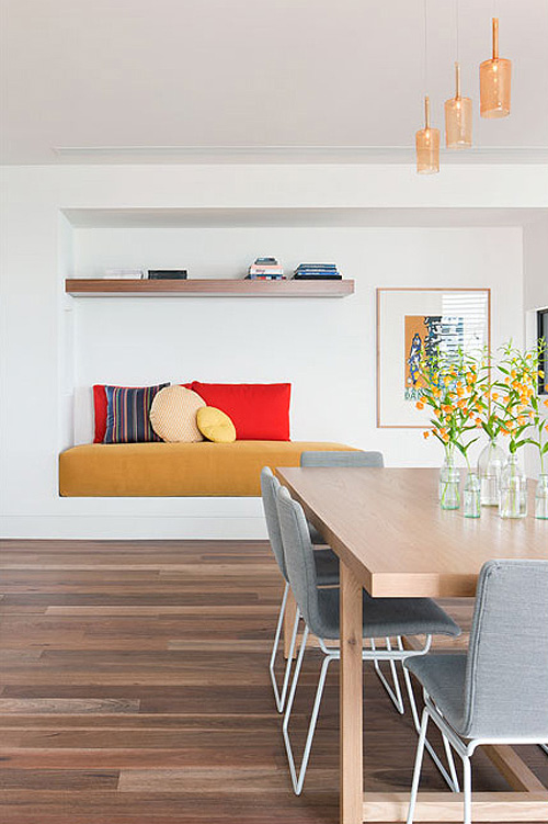 Rachcoff Vella Architecture Warms Up Modern Homes in Australia