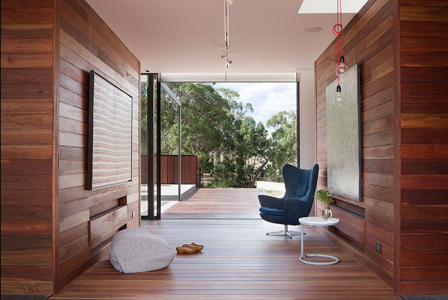 rachcoff-vella-architecture-warms-up-modern-homes-australia-wood-details-6-alcove.jpg